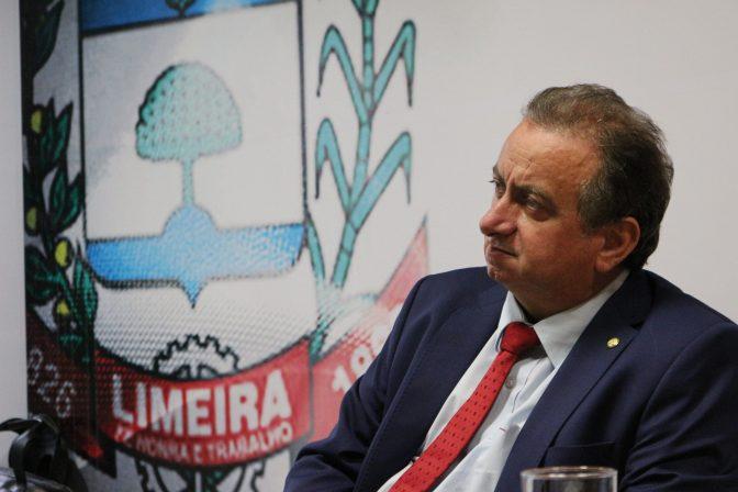 Deputado Miguel destina R$ 954 mil para recuperação de vias no Abílio Pedro e N.S Dores