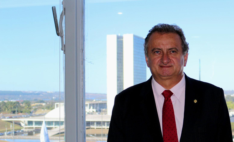 Miguel investe R$ 238 mil em projeto esportivo do N.S Dores