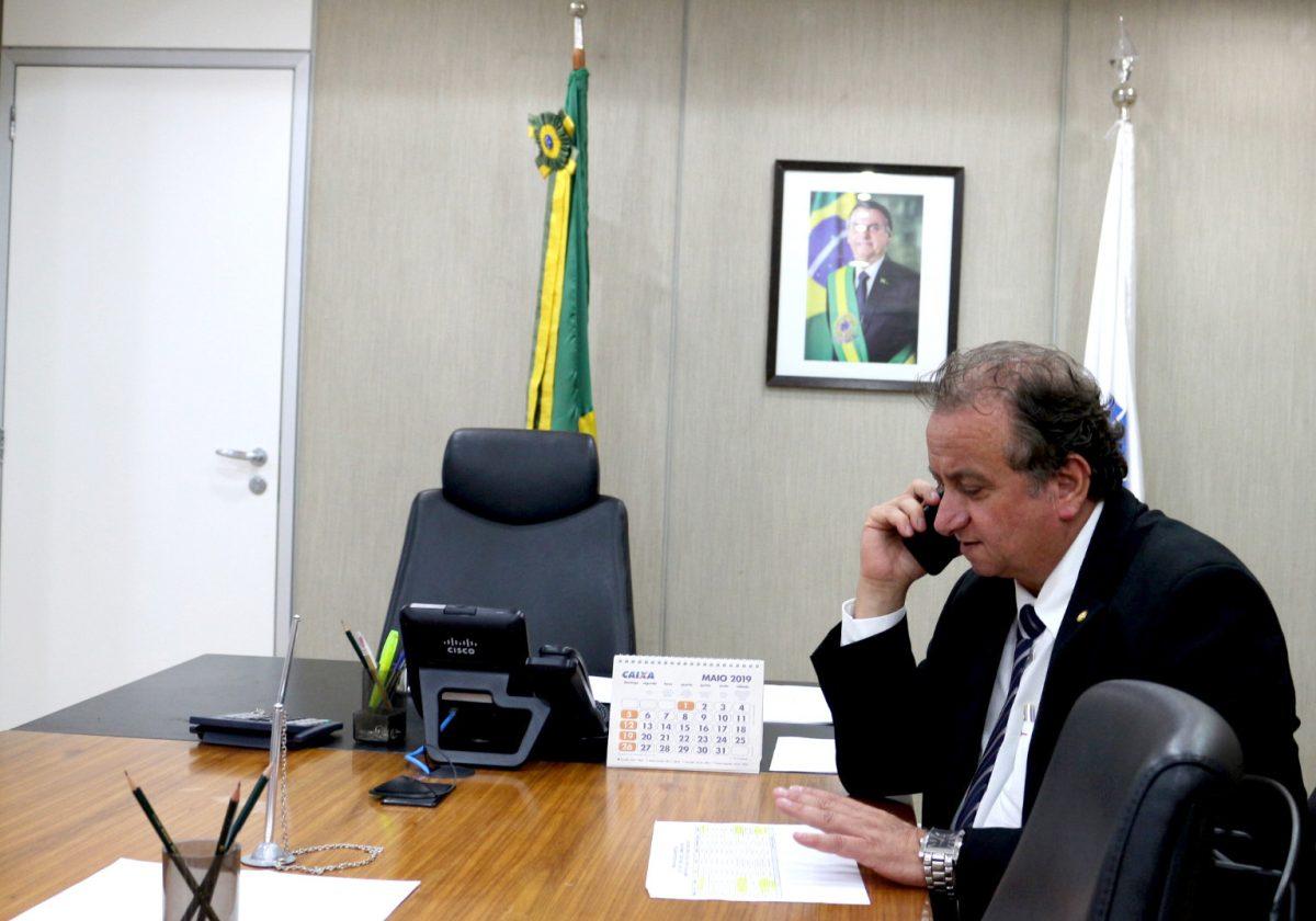 Miguel contra os R$ 3,8 bilhões para o fundo eleitoral
