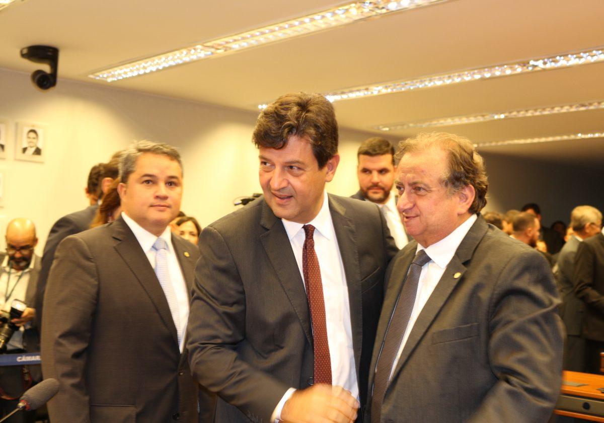 Ministro apresenta medidas emergenciais contra o Coronavírus