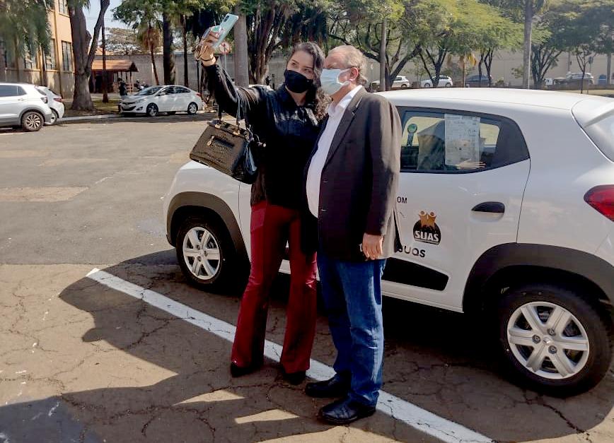 Deputado Miguel faz entrega de 3 veículos 0 km para entidades assistenciais